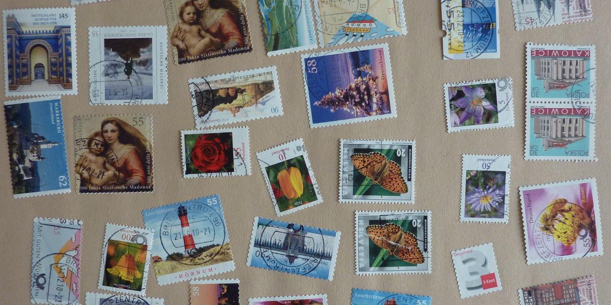 Anleitung: Briefmarken vom Umschlag lösen