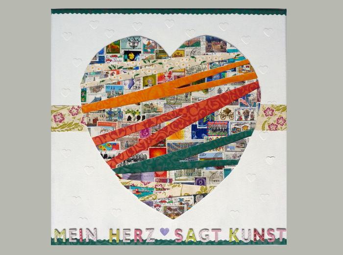 Collage auf Keilrahmen mit Briefmarke und Papier 40 x 40 cm