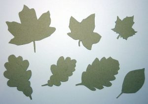 DIY Schalonen Herbstblätter ausgeschnitten