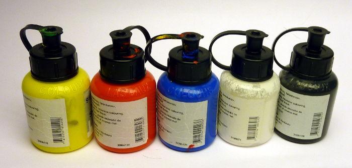 Acrylfarbe Grundfarben: Rot, Gelb, Blau sowie Weiß und Schwarz