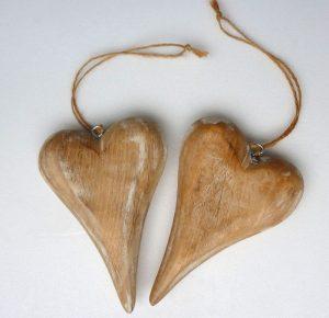 Herzen aus Holz zum Anhängen, Höhe: 15 cm