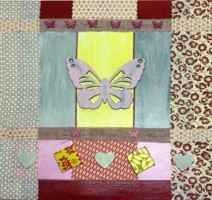 Fertige Collage mit Schmetterling aus Holz