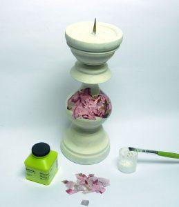 Kerzenständer verschönern mit Décopatch Rosen Papier