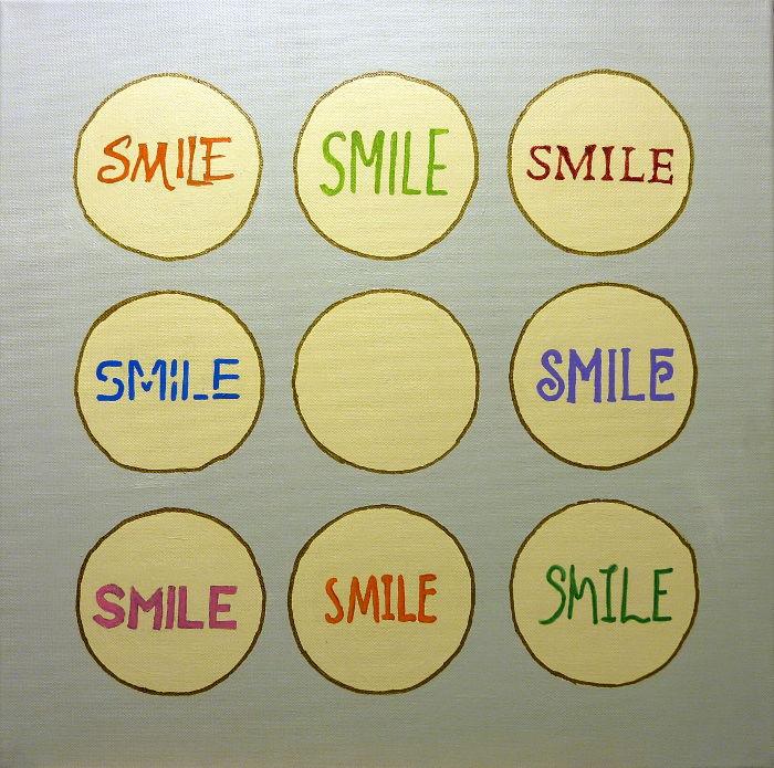 """Wort """"Smile"""" auf Leinwand ausgemalt mit Marker in unterschiedlichen Farben"""