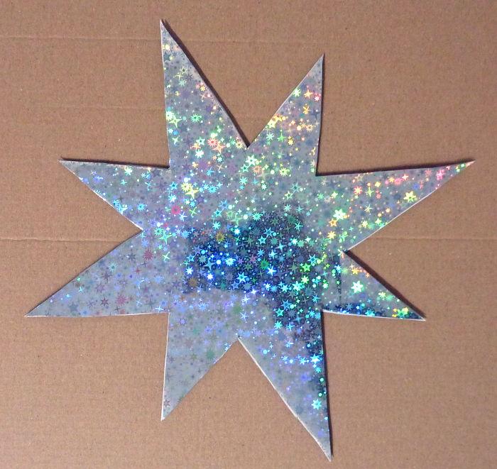Stern mit Effektfolie beklebt
